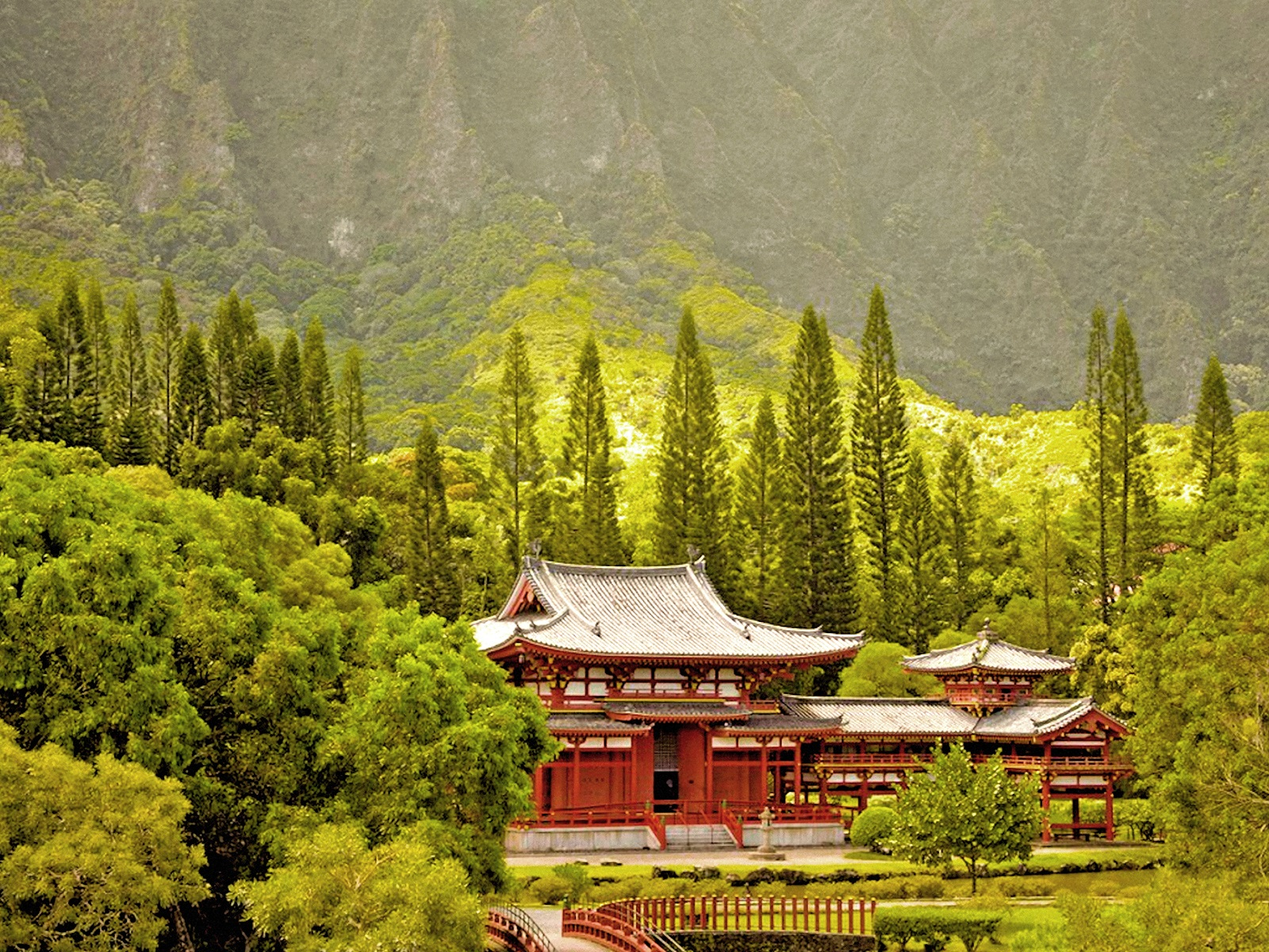 00 Byodo-In Temple, Oahu, Hawaii. 180716